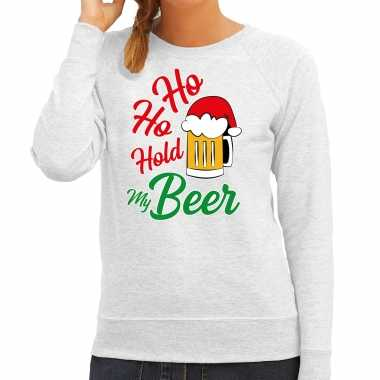 Ho ho hold my beer fout kerstsweater / outfit grijs voor dames kopen